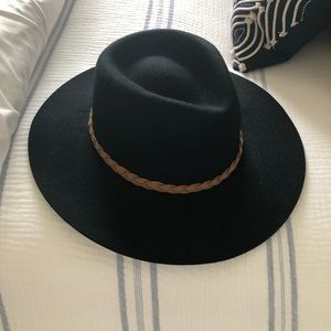 Merona black wool felt hat